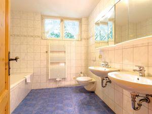18366462-Ferienhaus-14-Schaprode-300x225-14