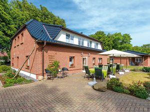 Ferienhaus für 30 Personen (255 m²) ab 9 € in Schaprode