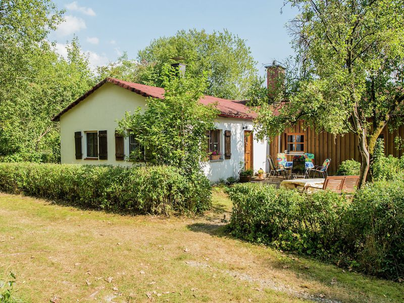 19341766-Ferienhaus-6-Schnabelwaid bei Bayreuth-800x600-0