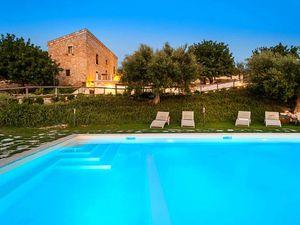 Ferienhaus für 8 Personen (250 m²) ab 19 € in Scicli
