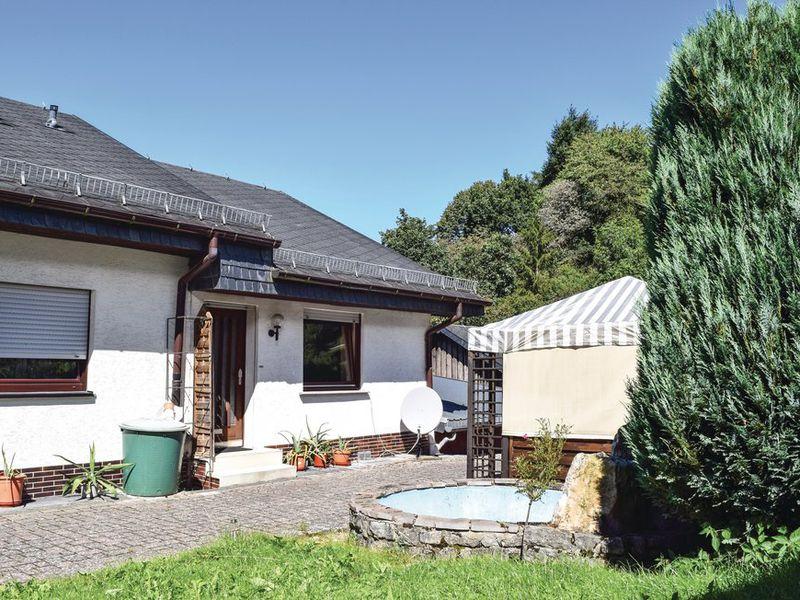 19019886-Ferienhaus-5-Sellerich-800x600-0