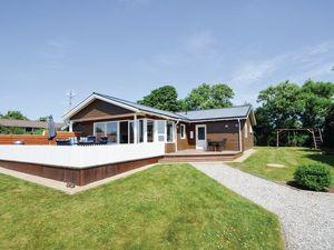 Ferienhaus für 8 Personen (101 m²) ab 42 € in Snedsted