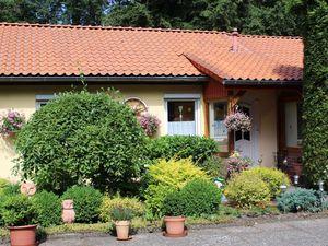 18629207-Ferienhaus-4-Soltau-300x225-1