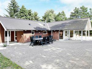 Ferienhaus für 12 Personen (138 m²) ab 79 €
