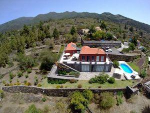 Ferienhaus für 8 Personen (200 m²) ab 208 €
