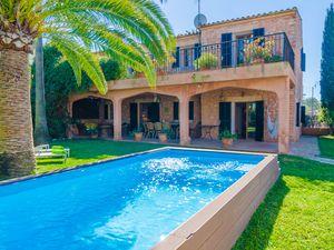 Ferienhaus für 6 Personen (324 m²) ab 162 €