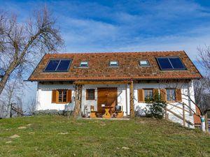 Ferienhaus für 6 Personen (100 m²) ab 114 € in Strem