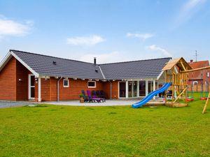 Ferienhaus für 14 Personen (219 m²) ab 163 € in Sydals