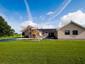 Ferienhaus für 22 Personen (405 m²) ab 237 € in Sydals