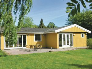 Ferienhaus für 8 Personen (106 m²) ab 38 € in Tranekær