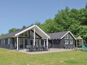 Ferienhaus für 18 Personen (282 m²) ab 148 € in Tranekær