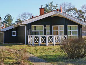 21632603-Ferienhaus-8-Travemünde-300x225-1