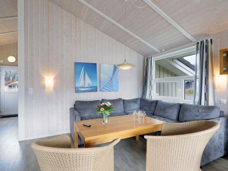 21477309-Ferienhaus-8-Travemünde-800x600-2