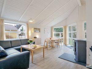 21176091-Ferienhaus-8-Travemünde-300x225-2