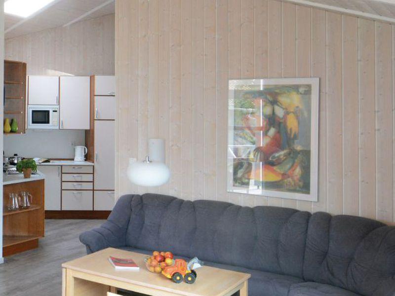 74714-Ferienhaus-12-Travemünde-800x600-1