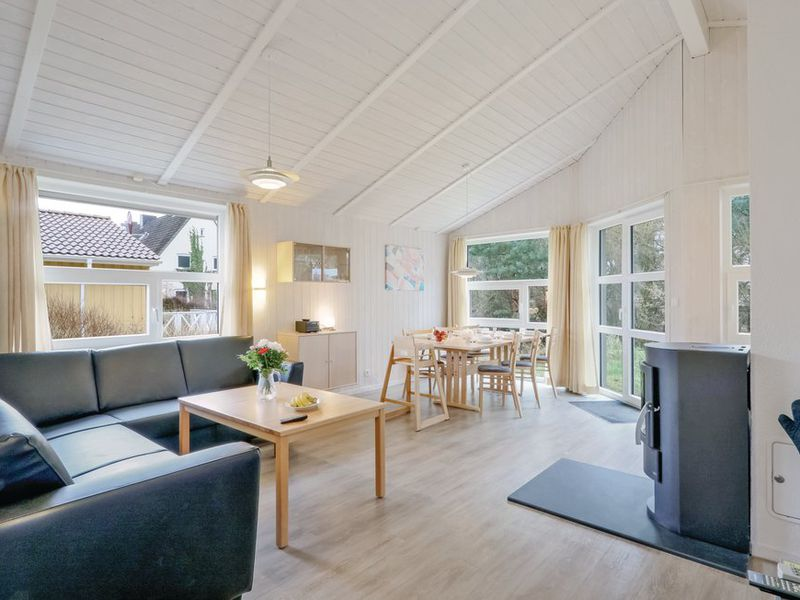 21477311-Ferienhaus-6-Travemünde-800x600-2