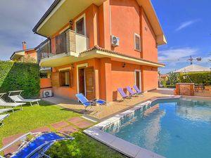 Ferienhaus für 14 Personen (400 m²) ab 48 € in Trecastagni