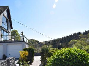 22466271-Ferienhaus-8-Trimbs-300x225-4