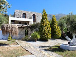 Ferienhaus für 7 Personen (200 m²) ab 85 € in Triopetra