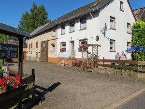Ferienhaus für 11 Personen (150 m²) ab 106 € in Ulmen