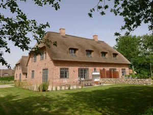 Ferienhaus für 6 Personen (201 m²) ab 135 € in Utersum