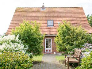 Ferienhaus für 8 Personen (105 m²) ab 80 € in Utersum