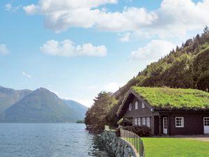 Ferienhaus für 12 Personen (290 m²) ab 199 € in Utne