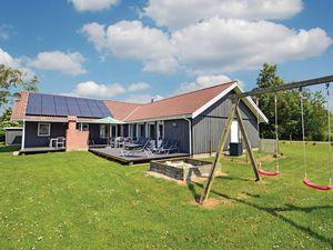 Ferienhaus für 10 Personen (210 m²) ab 117 € in Væggerløse