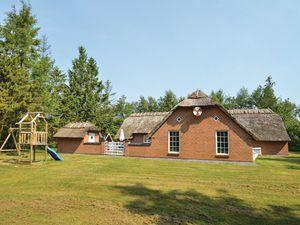 Ferienhaus für 12 Personen (211 m²) ab 128 € in Væggerløse