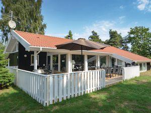Ferienhaus für 12 Personen (151 m²) ab 87 € in Væggerløse