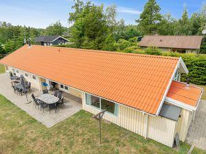 Ferienhaus für 12 Personen (135 m²) ab 102 € in Væggerløse