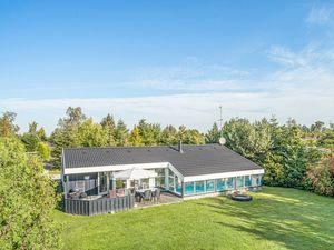 Ferienhaus für 10 Personen (130 m²) ab 98 € in Væggerløse
