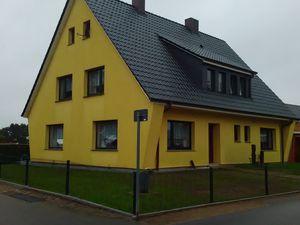 Ferienhaus für 12 Personen (200 m²) ab 180 € in Waabs
