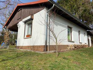 7060016-Ferienhaus-3-Waltershausen-300x225-1