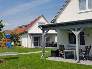 Ferienhaus für 5 Personen (74 m²) ab 75 € in Weigenheim