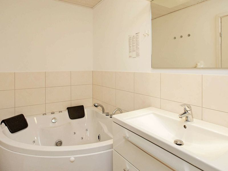 19317037-Ferienhaus-6-Wendtorf-800x600-15