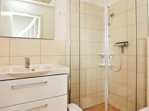 19317026-Ferienhaus-6-Wendtorf-300x225-18