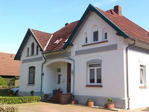 Ferienhaus für 8 Personen (94 m²) ab 50 € in Westoverledingen
