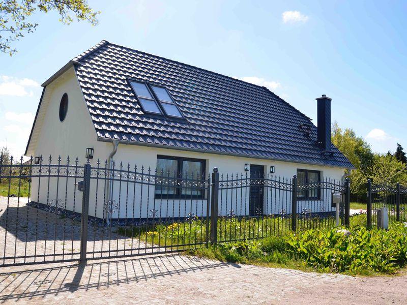 21646841-Ferienhaus-4-Wiek auf Rügen-800x600-1