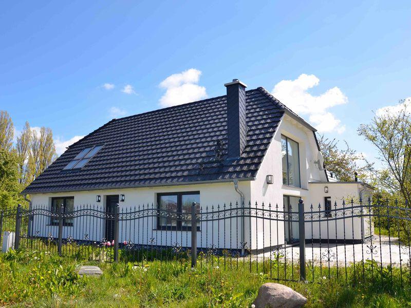 21646841-Ferienhaus-4-Wiek auf Rügen-800x600-0