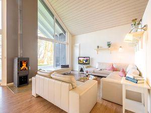 67307-Ferienhaus-12-Wiek auf Rügen-300x225-1