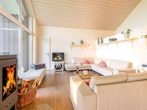 67307-Ferienhaus-12-Wiek auf Rügen-300x225-3