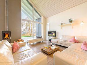 67307-Ferienhaus-12-Wiek auf Rügen-300x225-4