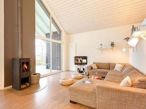 67210-Ferienhaus-12-Wiek auf Rügen-300x225-2