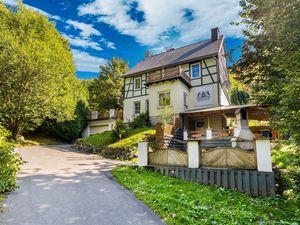 Ferienhaus für 8 Personen (240 m²) ab 158 € in Willingen (Upland)