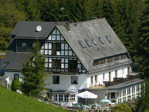 Ferienhaus für 30 Personen (490 m²) ab 812 € in Winterberg