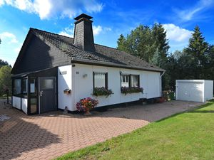 Ferienhaus für 8 Personen (165 m²) ab 90 € in Winterberg