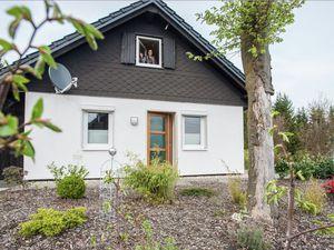 Ferienhaus für 6 Personen (85 m²) ab 131 € in Winterberg