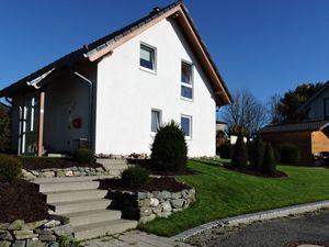 Ferienhaus für 6 Personen ab 85 € in Winterberg
