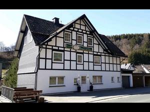 Ferienhaus für 25 Personen ab 974 € in Winterberg